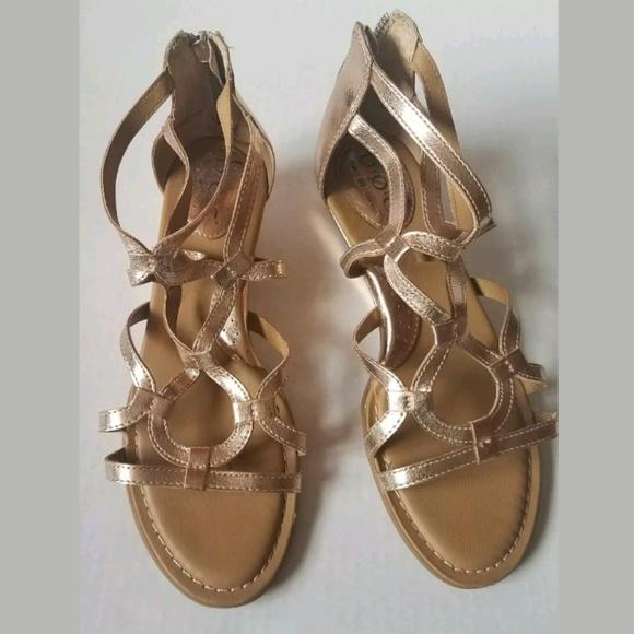 04a495ae91a6 BOC Born Concept Size Sandal 7 M Pawel Gladiator R